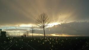 Sonne, Wind und Wolkenbruch